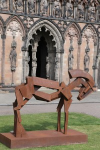 peter walker sculptor construcitng the horse lichfield sculpture cathedral